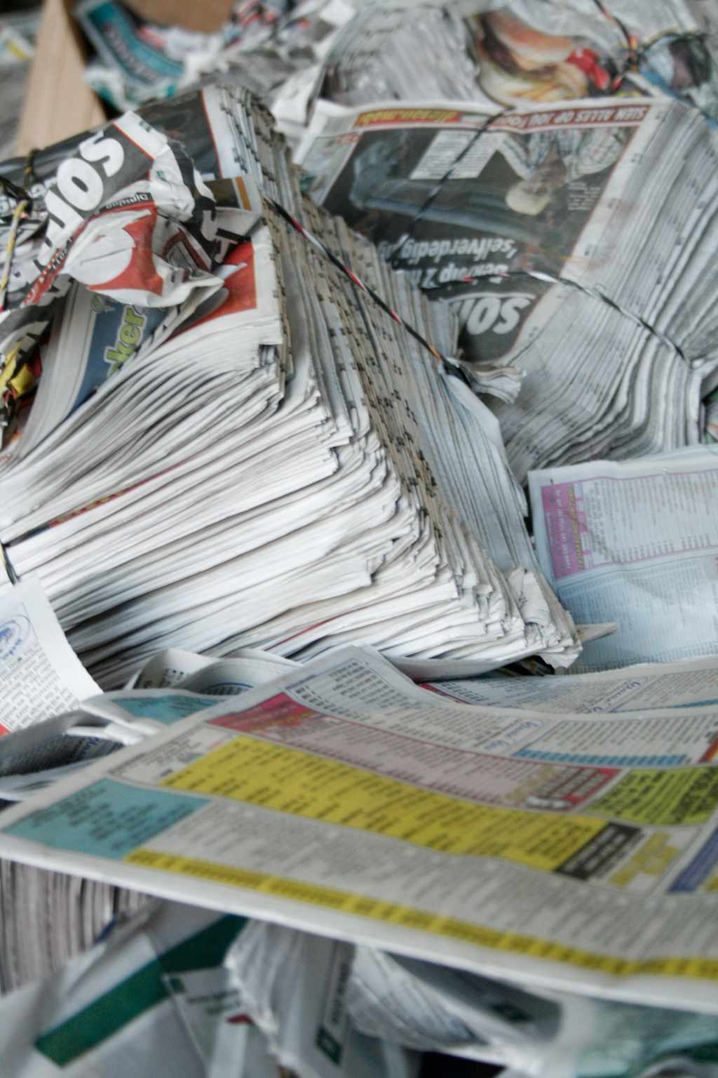 paper buy back centre pretoria Recycling at school schools produce a substantial amount waste that can be recycled • waste such as white paper, work books magazines, newspapers, cardboard, cans, drink bottles, cleaning material containers, take away.